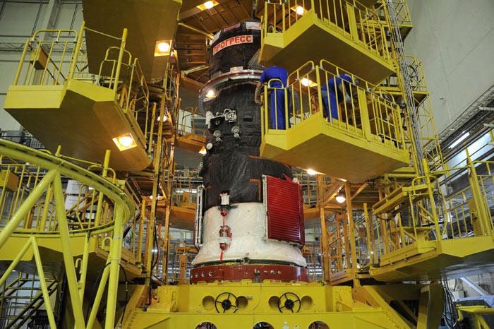 КМКС причалил космический грузовой автомобиль спродуктами— «Прогресс» схреном