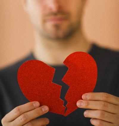 Разбитое сердце болит не по-настоящему