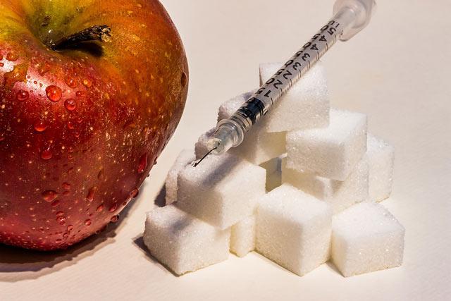Было бы здорово вылечивать диабетиков, а не предлагать им пожизненный «костыль» в виде инъекций инсулина. (Фото: Pixabay.com.)
