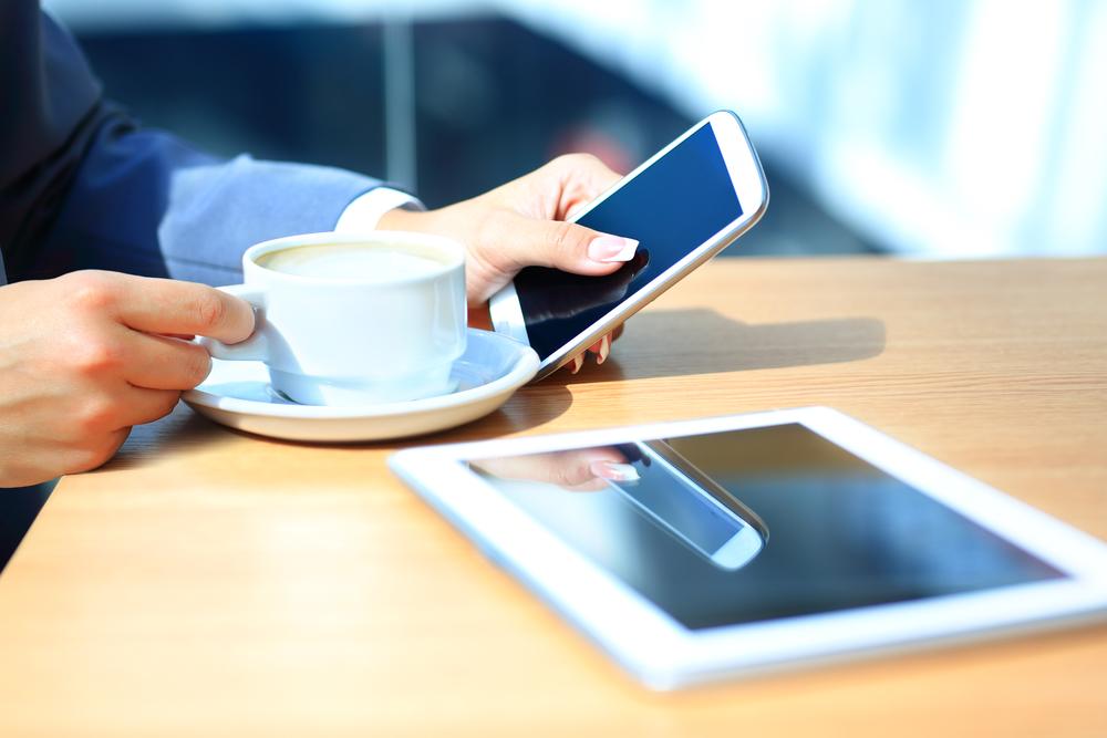 Ваш смартфон, возможно, знает о вас больше, чем вам бы хотелось. (Фото tatsianama / ru.depositphotos.com.)