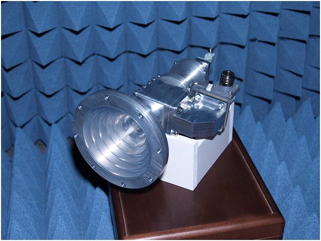 Внешний вид разработанного в СФУ облучателя.