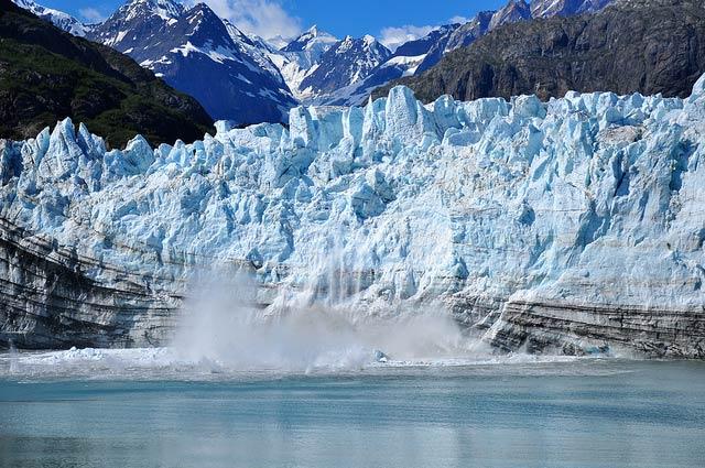 Ледник Марджери в национальном парке Глейшер-Бей, Аляска. (Фото: Kimberly Vardeman / Flickr.com.)