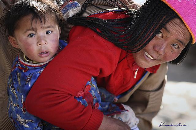 Современные жители Тибета. (Фото: Kadir Cinoglu / Flickr.com.)