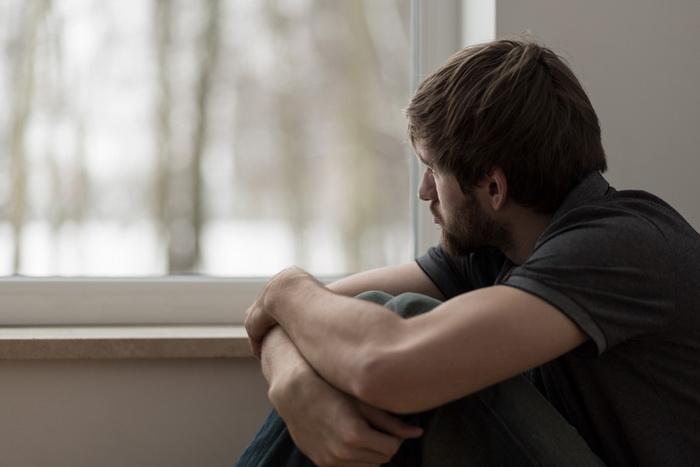 Социальная изоляция делает человека нездоровым. (Фото: photographee.eu / Depositphotos.)