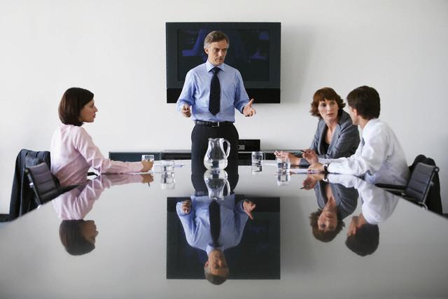 Важное качество лидера – понимать, что думают и чувствуют твои подчинённые. (Фото moodboard / Corbis.)