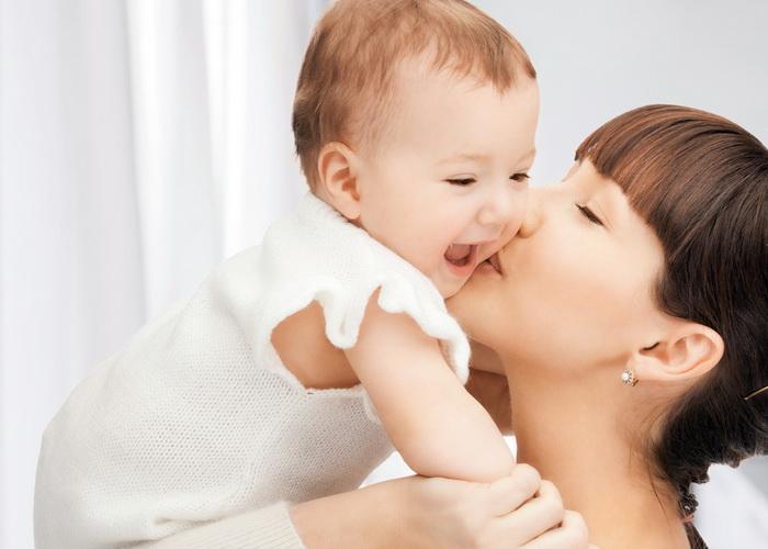 Материнская забота влияет на гены детей