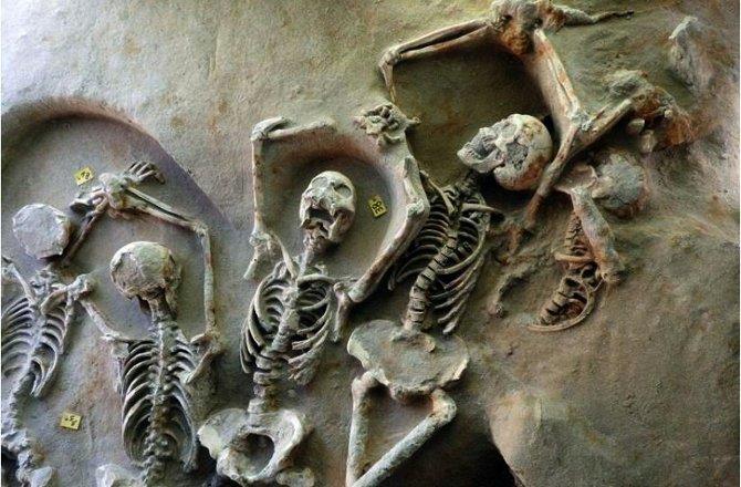 Под Афинами нашли «братские могилы» древних мятежников