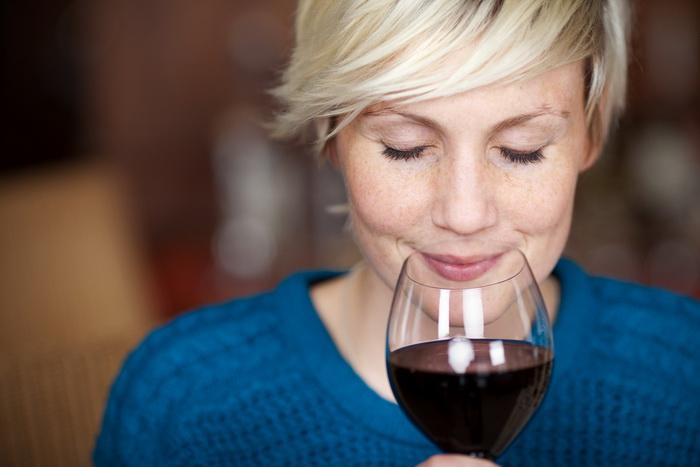 муха вино.jpg